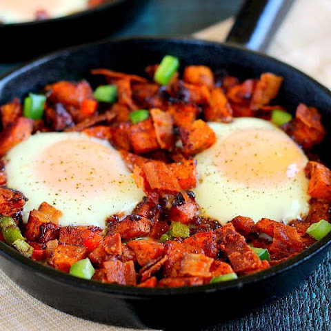 Roasted Maple Sweet Potato Breakfast Skillet
