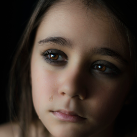 Emotional Portrait by Valentina Zanino - Babies & Children Child Portraits ( child, portraiture, girl, emotional, colorful, children, portrait, eyes, tears )