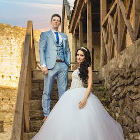 Castle wedding by Vlada Jovic - Wedding Bride & Groom ( princess, wedding, bride and groom, bride, photo, photography, bride groom )