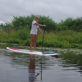 Paddle Boarding by Karen Griffith - People Family ( KidsOfSummer )
