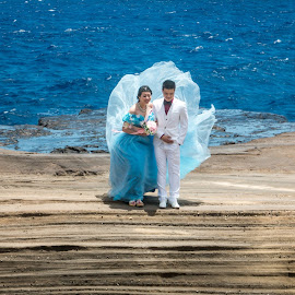 Outdoor Wedding Shoot by Kathy Suttles - Wedding Bride & Groom