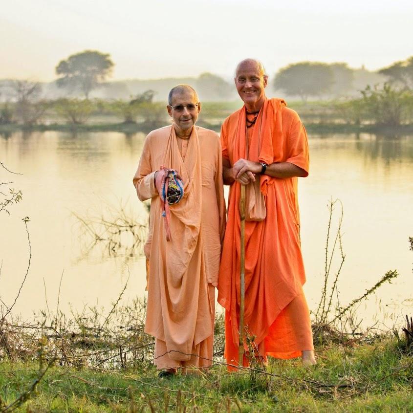 Gurudeva_Giriraja Swami