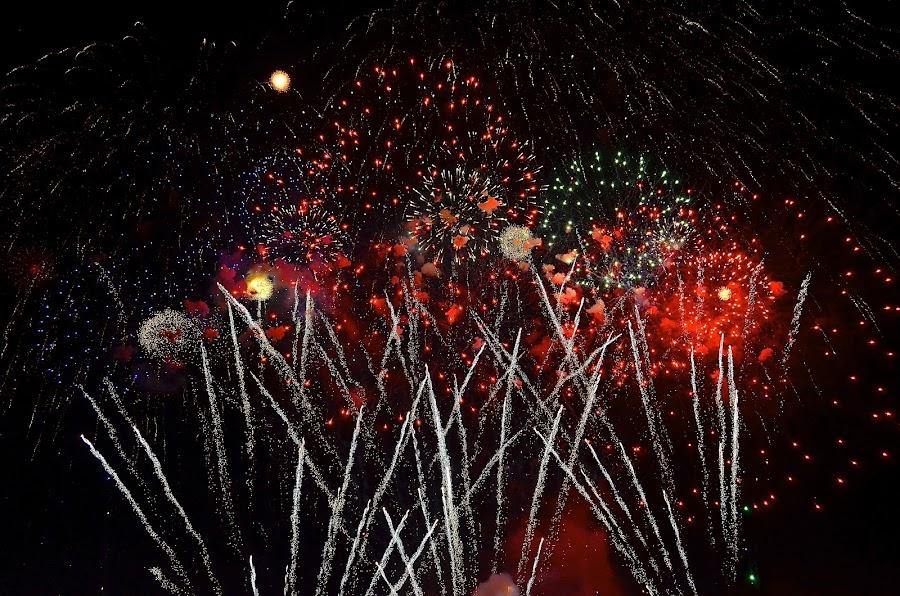 Bethlehem 4th by Joe Fazio - Public Holidays July 4th ( pennsylvania, sky, bethlehem, fireworks, lehigh county )