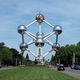 Pride of Brussels by Desi Albert Mamahit - Buildings & Architecture Statues & Monuments ( pride of brussels )