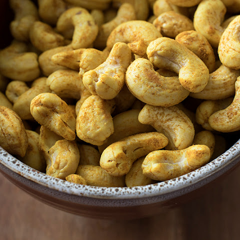 Coconut Curry Cashews