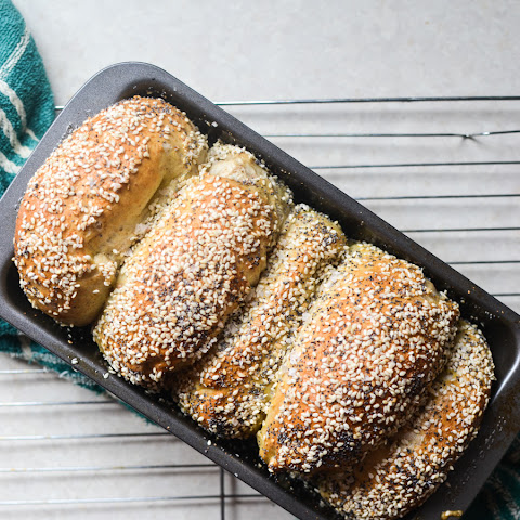 Sesame and Poppy Seed Bagel Loaf