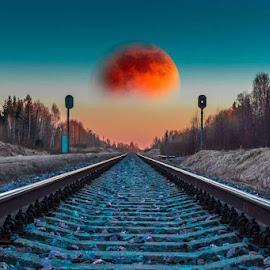 Выбрался на закате к железной дороге, весьма удачно)) #железнаядорога #железнодорожный #рельсы #шпалы #луна🌙  #закат🌅 #перспектива by Nikolajs Slahta - Digital Art Places