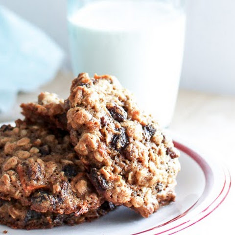 Chewy Oatmeal, Carrot and Raisin Cookies