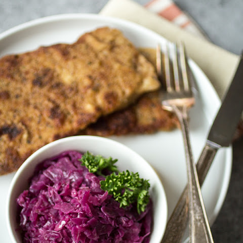 German Braised Red Cabbage (Rotkohl)