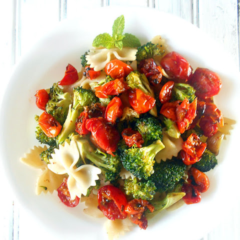 Broccoli Pasta with Roasted Tomatoes