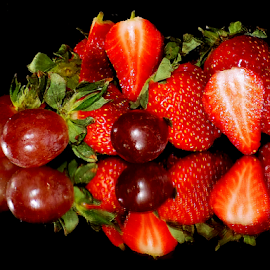 grape with strawberry by LADOCKi Elvira - Food & Drink Fruits & Vegetables ( fruits,  )