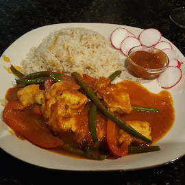 Indian Chicken Vindaloo with Green Beans and Red Bell Pepper by Michael Villecco - Food & Drink Plated Food ( basmati rice, chutney, green beans, indian, curry )