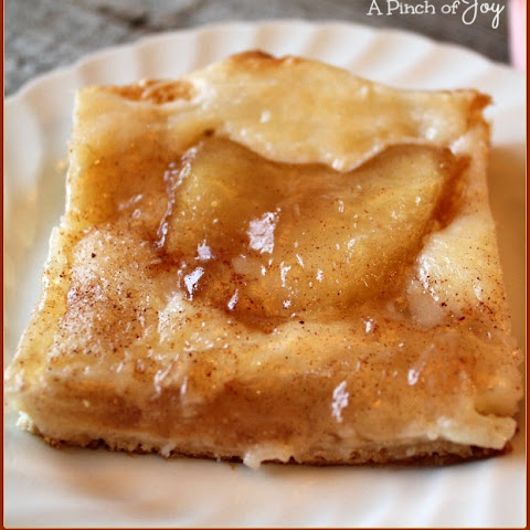 Quick and Easy Cinnamon Apple Danish