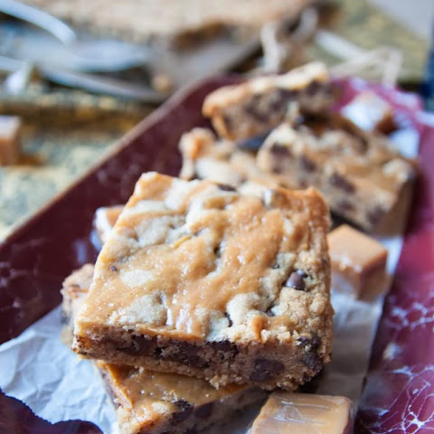 Chocolate Chip with Caramel Drizzle Cookie Bars