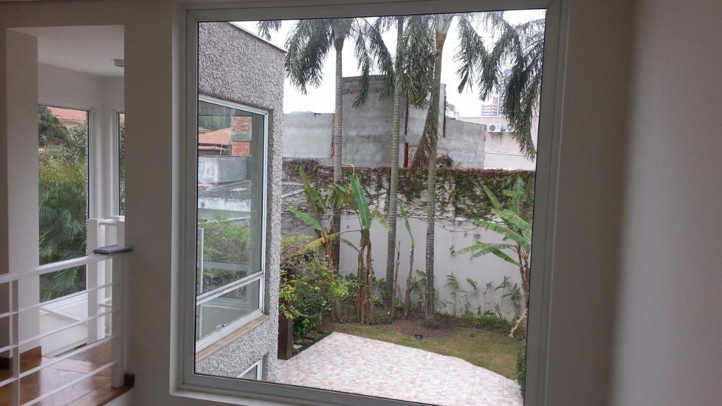 Casa Padrão à venda/aluguel, Pacaembu, São Paulo
