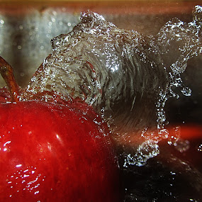 Water Splash On Apple by Shambhunath Sadhu - Artistic Objects Other Objects ( water, abstract, pwcfruit-dq, fruit, apple, artistic )