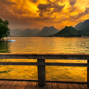 Lac d'Annecy by Stéphane zOz - Landscapes Waterscapes