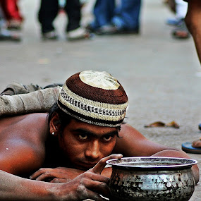 Crawling Hope by Pinaki Pradhan - People Street & Candids