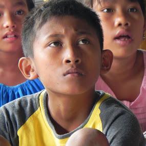 understanding by Perjaka Tanggunk - Babies & Children Children Candids