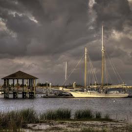 Glen L. Swetman by Ron Maxie - Transportation Boats