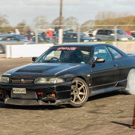R33 Drift by Mike Newland - Sports & Fitness Motorsports ( rb25, r33, drift, nissan, smoke )