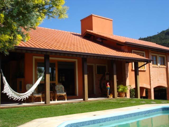 Metta Imobiliária - Casa 4 Dorm, Florianópolis