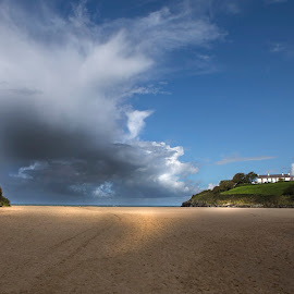 Storm on the way by Andrew Richards - Landscapes Beaches