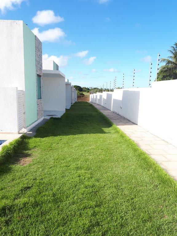 Casa à venda por R$ 120.000,00 - Village - Conde/PB