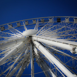 Weel in Liverpool by Mario Horvath - Novices Only Abstract ( abstract, blue, liverpool, big wheel, white )