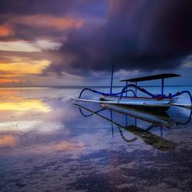 behind the dark by I Made  Sukarnawan - Transportation Boats ( clouds, bali, sunset, boats, sunrise, landscape )