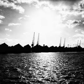 Docklands by Jonny Wood - Instagram & Mobile iPhone