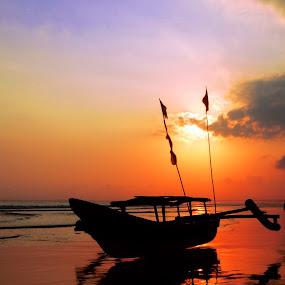by 金龍 羅 - Landscapes Sunsets & Sunrises
