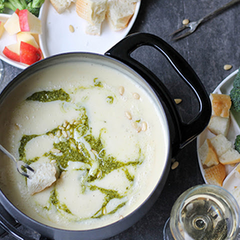 Pesto Cheese Fondue
