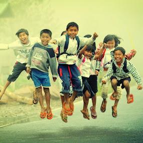 Jumping kids by Rolando Pascua - Babies & Children Children Candids