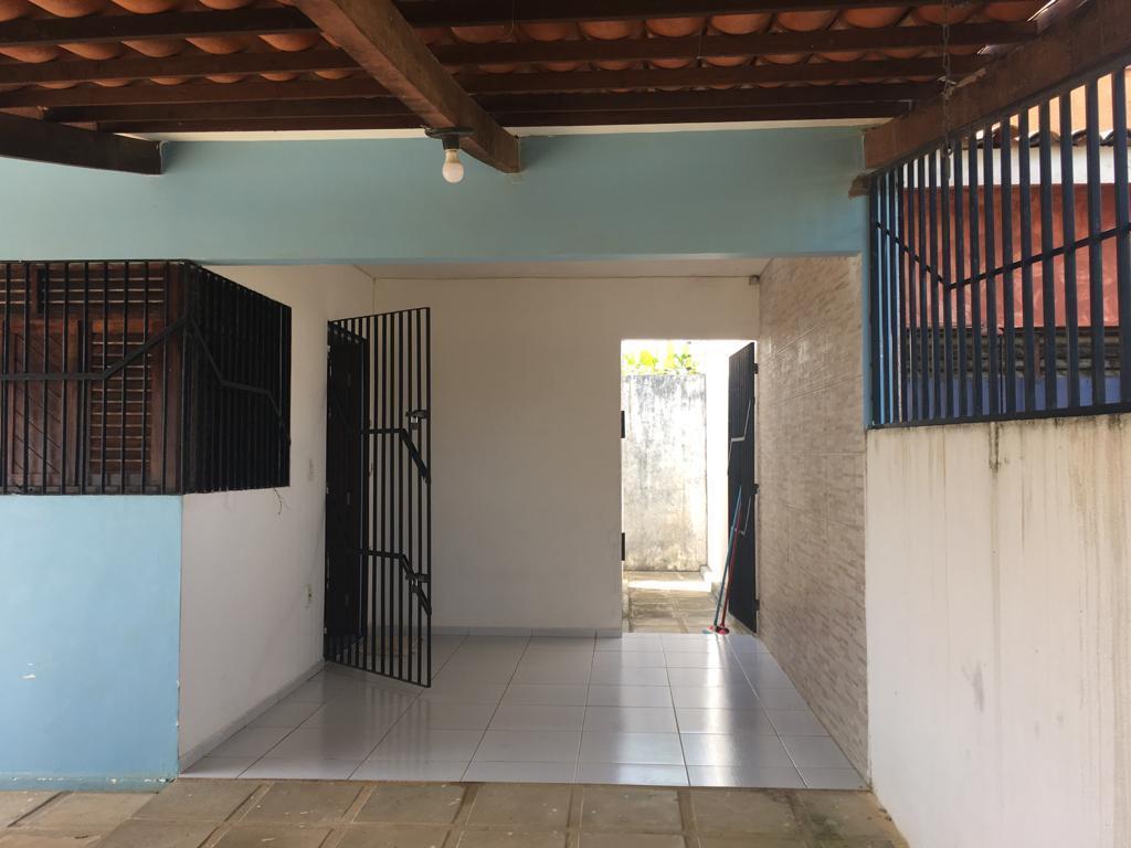 Casa com 2 dormitórios à venda por R$ 160.000,00 - Carapibus - Conde/PB