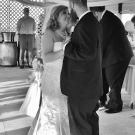 The First Dance by Terry Linton - Wedding Bride & Groom