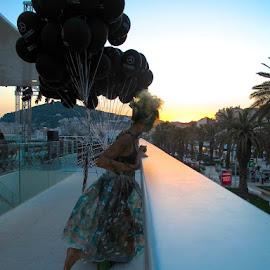Fashion in Split by Bozidarka Scerbe Haupt - People Professional People ( fashion, girl, balloon, city )