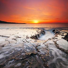 the portal by Rodrigo Layug - Landscapes Waterscapes ( nature, waterscape, sunrise, landscape )