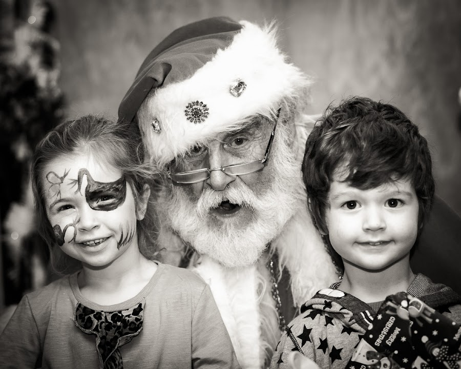 Ailing Santa by Nat Parnell - People Portraits of Men ( three things photography, old, santa, christmas, kids )