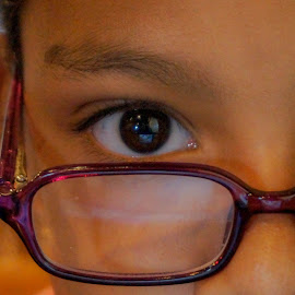 The Look by Jak Conrad - Novices Only Portraits & People ( look, girl, glasses, closeup, eyes )