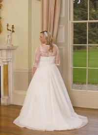 D1441 - C Wedding Dress