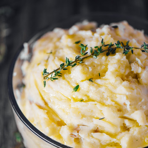 Healthy Garlic Olive Oil Mashed Potatoes