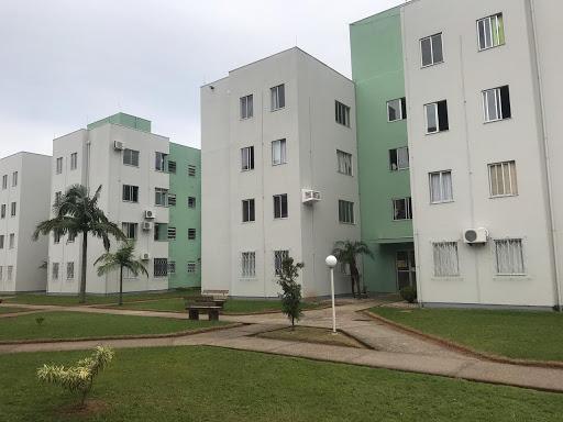Apartamento mobiliado com 2 dormitórios à venda, 54 m² por R$ 115.000 - Centro - Tijucas/SC