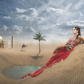 The Queen  by Sigit Broadcaster - Digital Art Places ( plant, water, woman, places, animal )