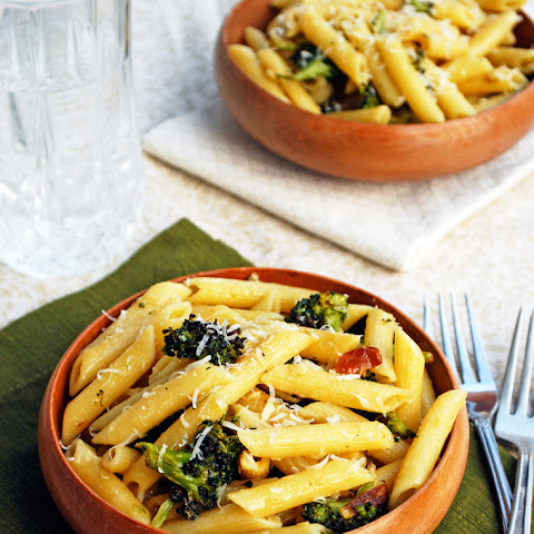 Roasted Garlic and Broccoli Penne