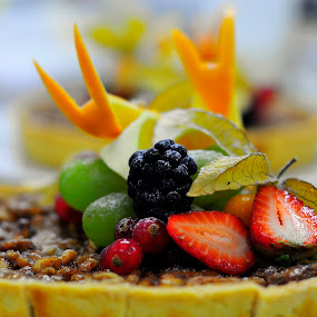 Walnut tart by Ariff Ismail - Food & Drink Candy & Dessert