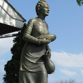 Jennie Wade Monument by Christine B. - Buildings & Architecture Statues & Monuments ( statue, pennsylvania, monument, jennie wade house, gettysburg,  )