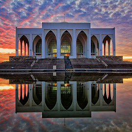 Hatyai Mosque by Charliemagne Unggay - Buildings & Architecture Other Exteriors ( landmark, reflection, building, mosque, architecture )