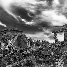 ruins by Roberto Gonzalo Romero - Buildings & Architecture Decaying & Abandoned ( black and white, ruins, abandoned )