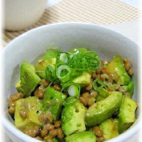 Rice bowl with Avocado and Natto